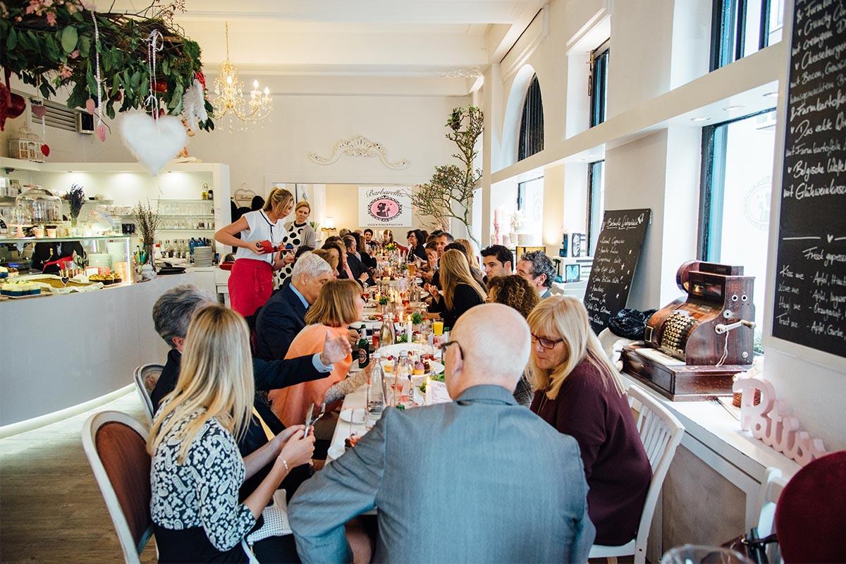 Barbarella Café in Aachen Hochzeitsparty