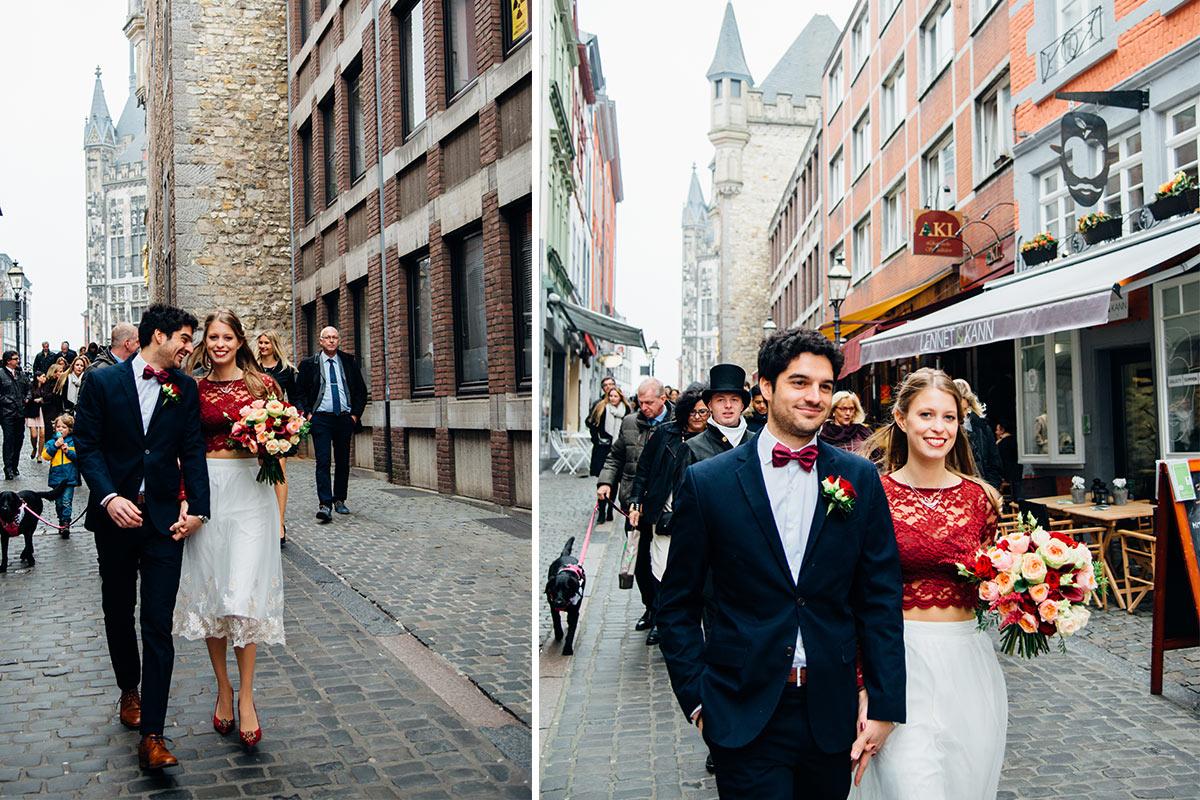 Spaziergang Hochzeitsgesellschaft