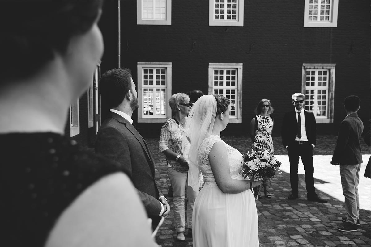 Hochzeitsreportage Gästefotos Burg Alsdorf
