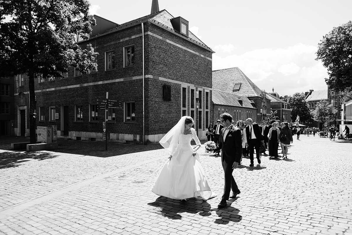 Aachener- Dom Brautpaar