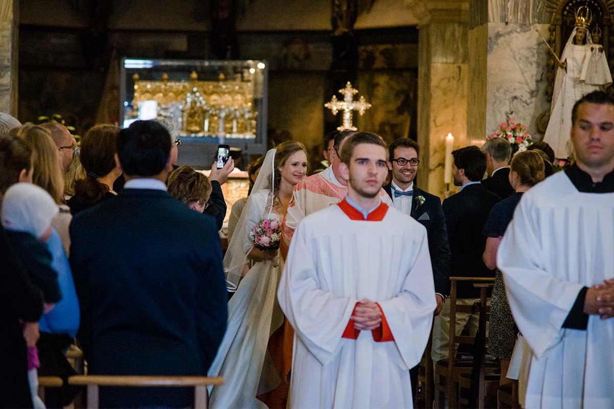 Auszug Hochzeit Aachener Dom