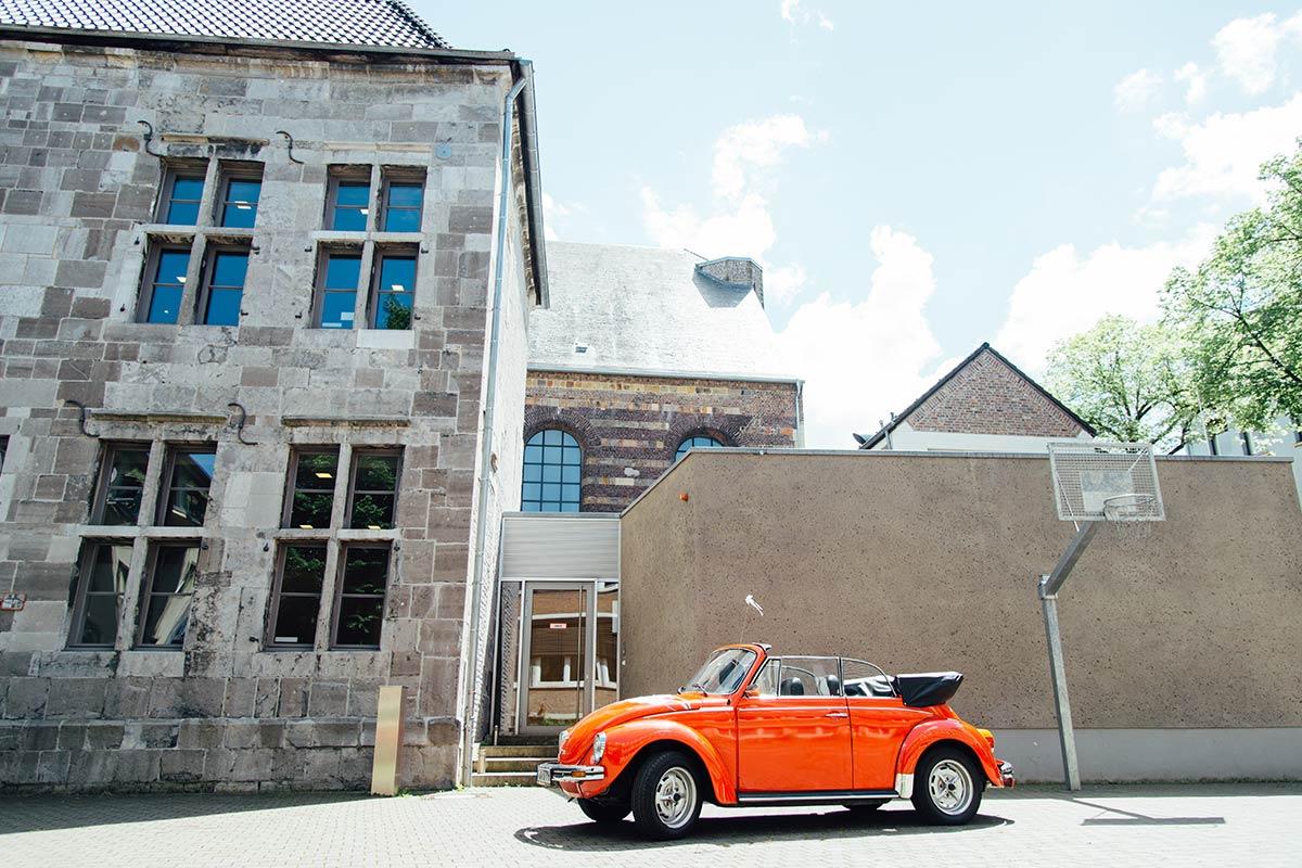 Hochzeitsauto Dom Aachen