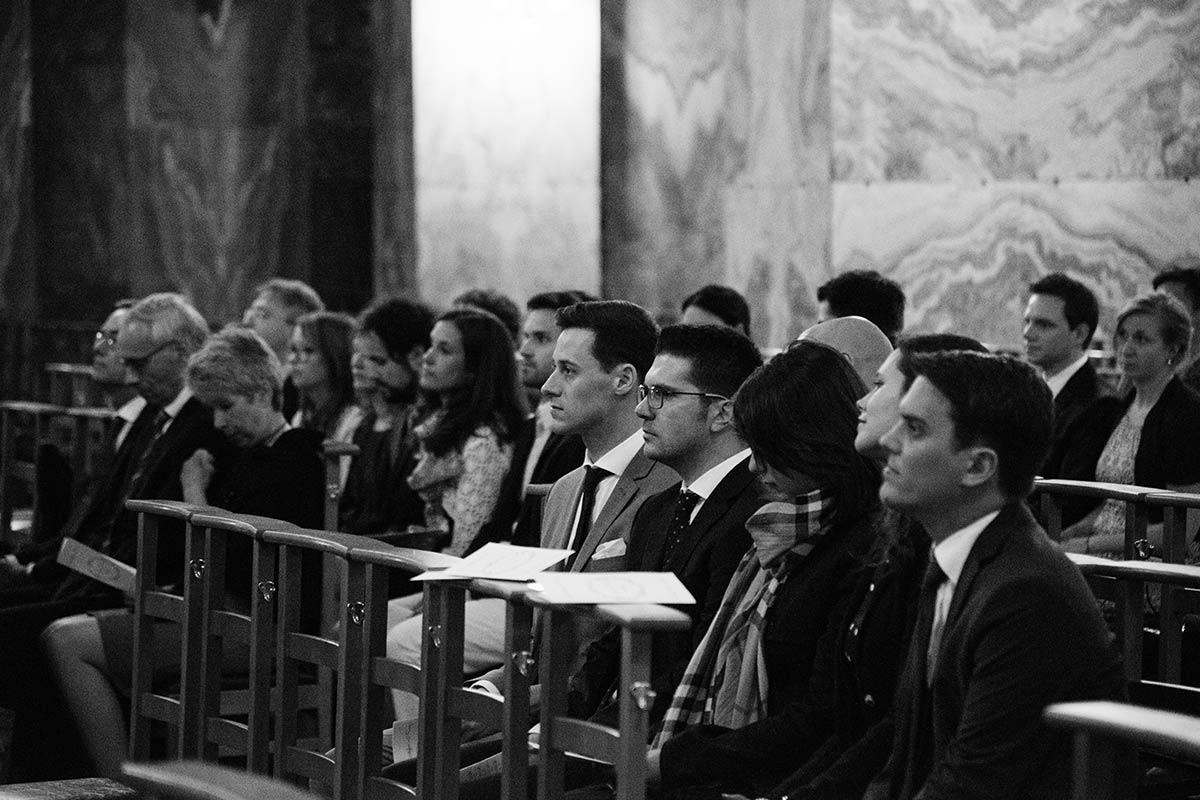 Hochzeitsgäste Aachener Dom