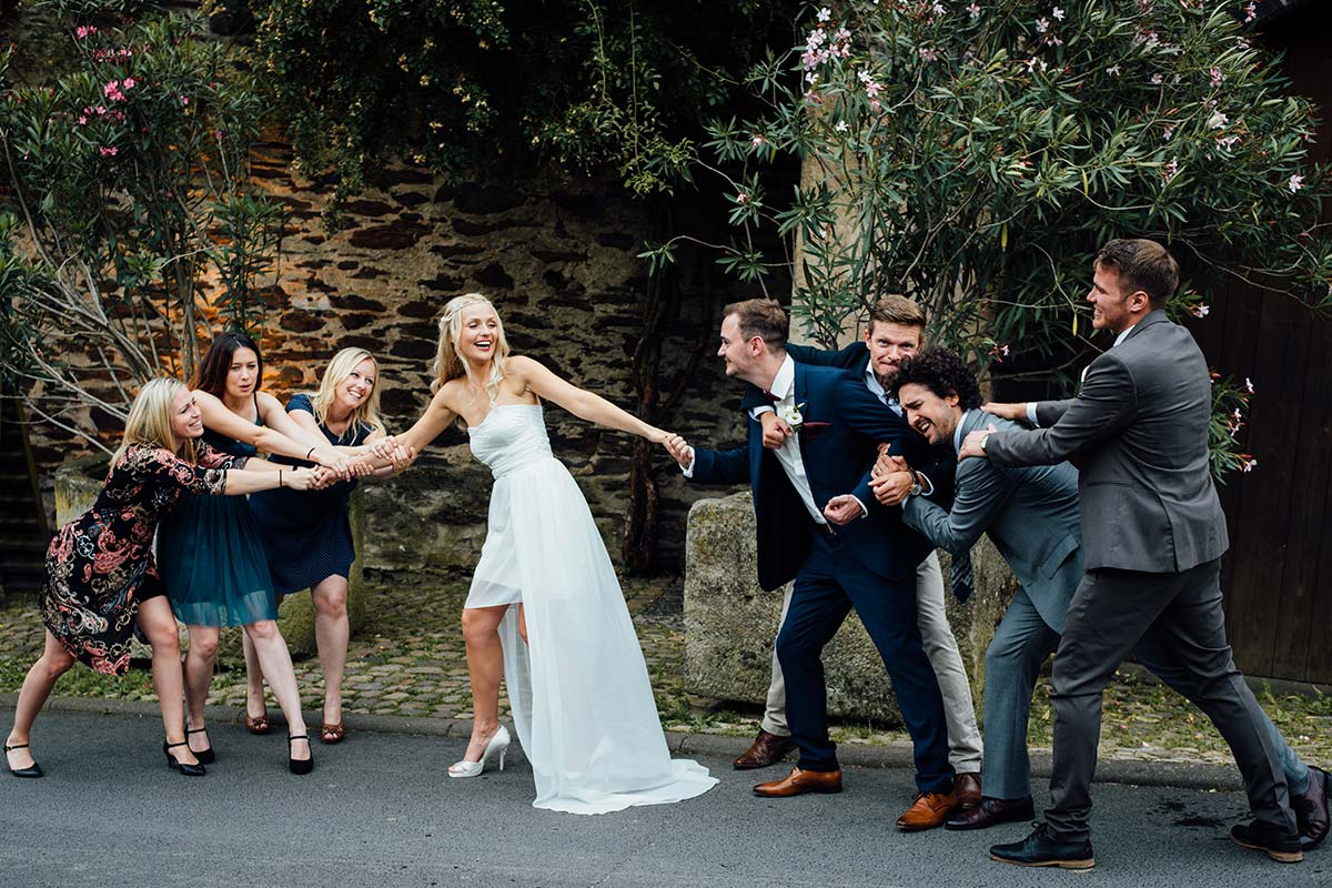 Ausgefallene Hochzeitsgruppenfotos