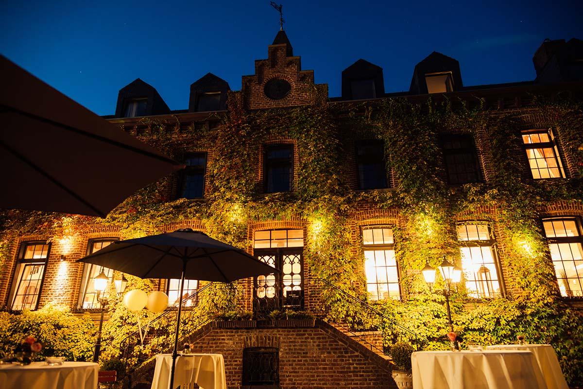 Burg Wegberg bei Nacht