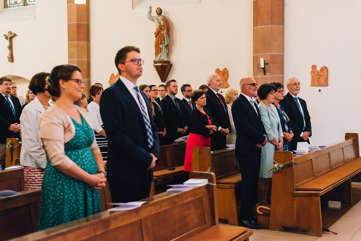 Hochzeitsgesellschaft Kirche Altrich