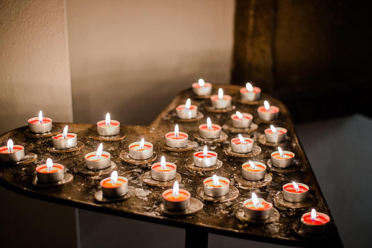 Kerzen als Herzform