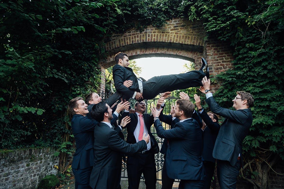 lustiges Männer Gruppenfoto