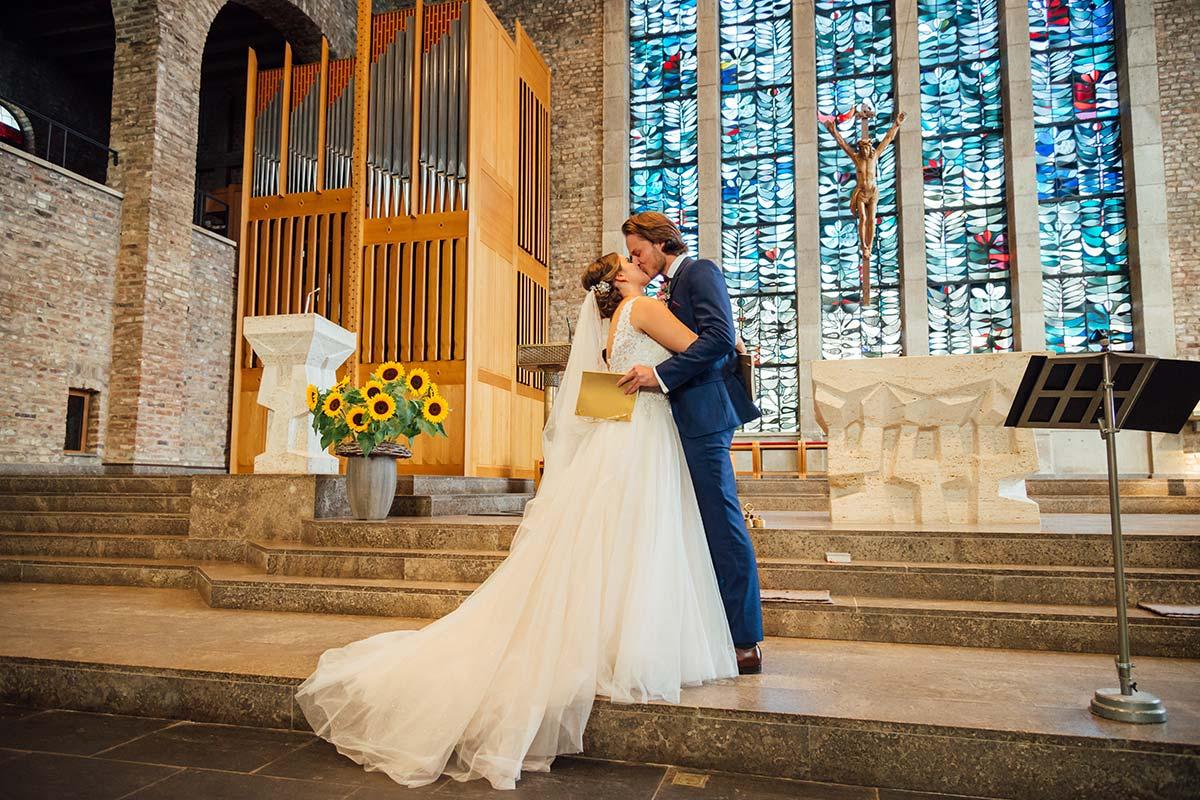 Hochzeitskuss Marienkirche Düren